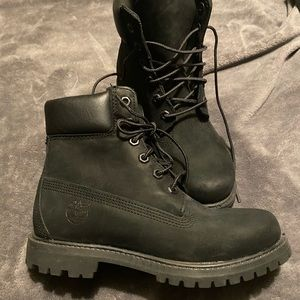 Timberlands size 6 , new